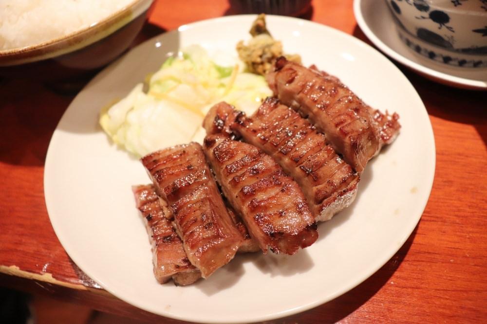 【仙台美食】牛舌必吃推薦!仙台車站牛舌街「善治郎」超好吃!